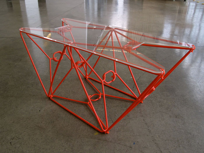Five cool things you can do with clothes hangers for Coat hanger art projects